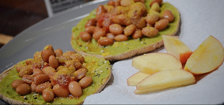 Easy, Healthy, & Vegetarian LunchIdea